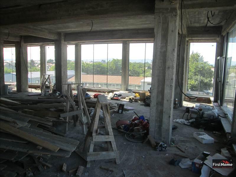Spatiu comercial / birouri de inchiriat etaj 2
