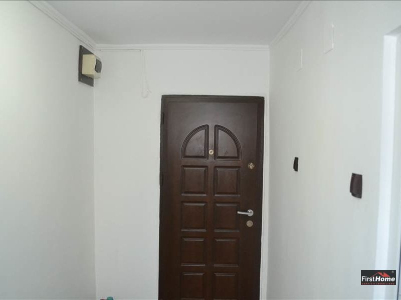 Apartament 3 camere zona Poienitei,Lupeni,Politie