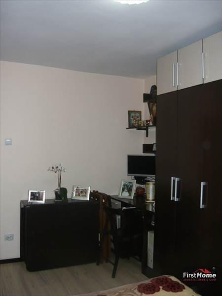 Garsoniera zona Gara , etaj 4 cu acoperis , mobilata si utilata