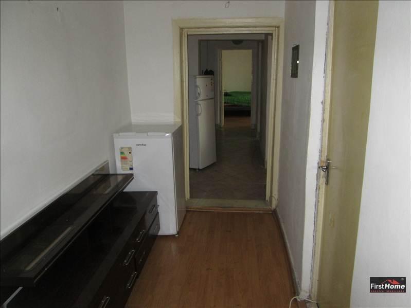 Apartament 4 camere, etaj 4/4, acoperis, zona Brailei