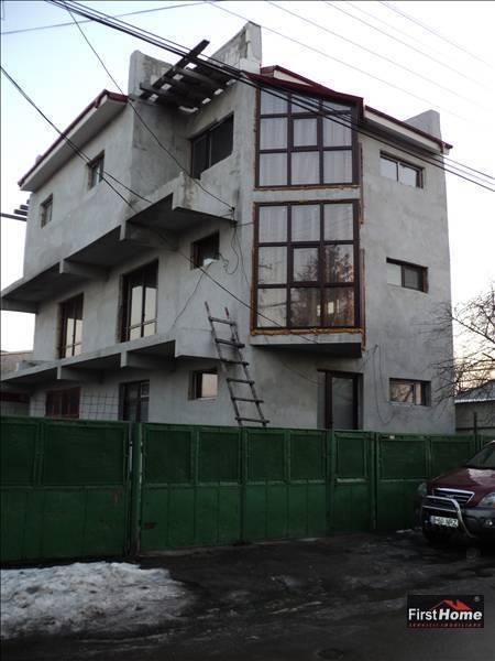 Casa P+2 zona Finante