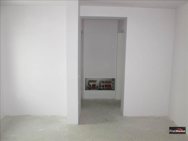 Casa de vanzare cu finisaje interioare superioare !