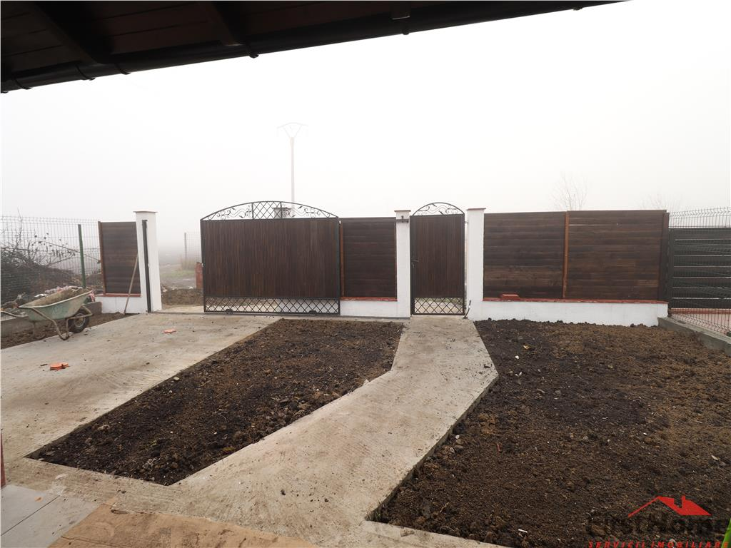 Casa noua, 2 domitoare, living, bucatarie, baie, terasa zona Dedeman