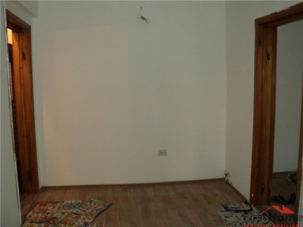 Apartament 2 camere, etaj 2, zona Bahne  Paco