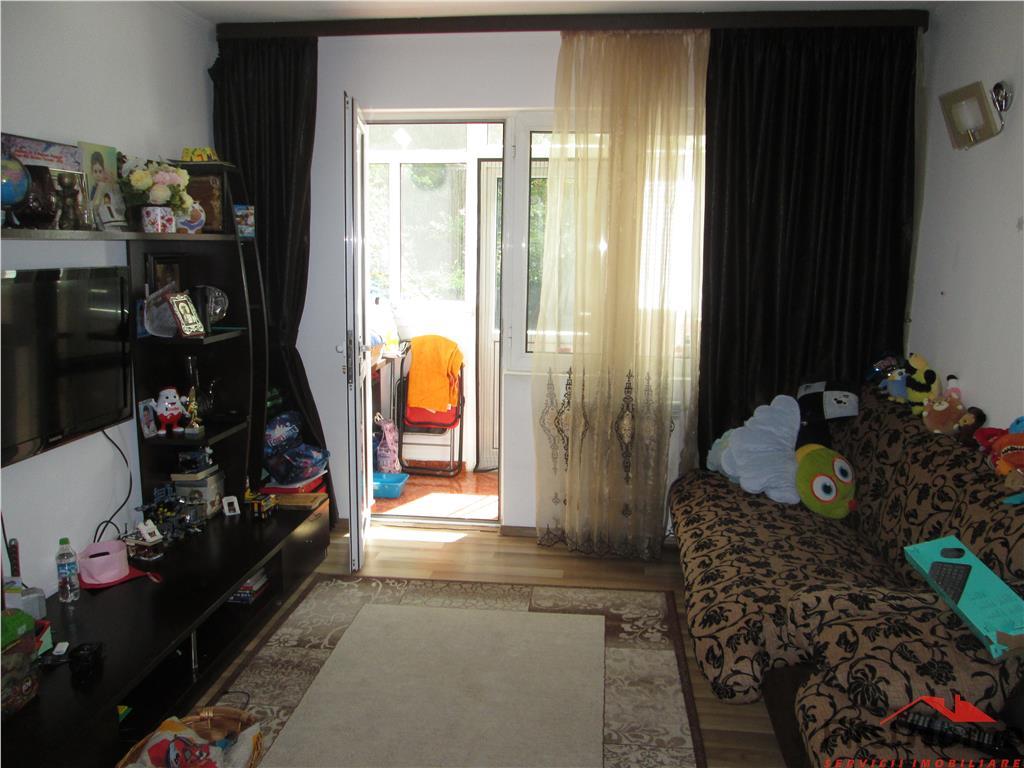 Apartament 3 camere, parter, Parcul Balcescu