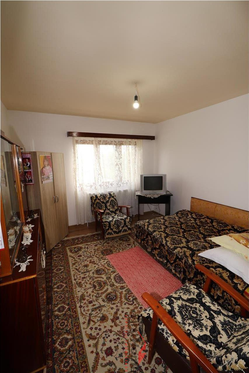 Apartament 2 camere, etaj 1, 62mp, zona Petre Liciu