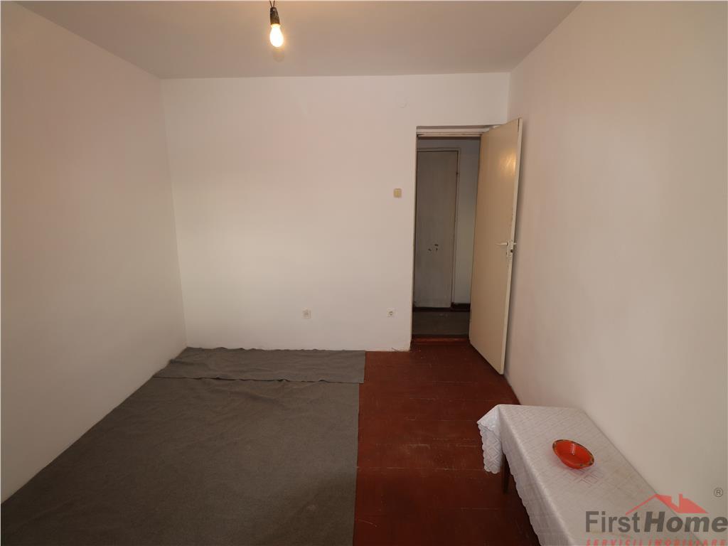 Apartament 2 camere, etaj 8, liber, zona Kaufland