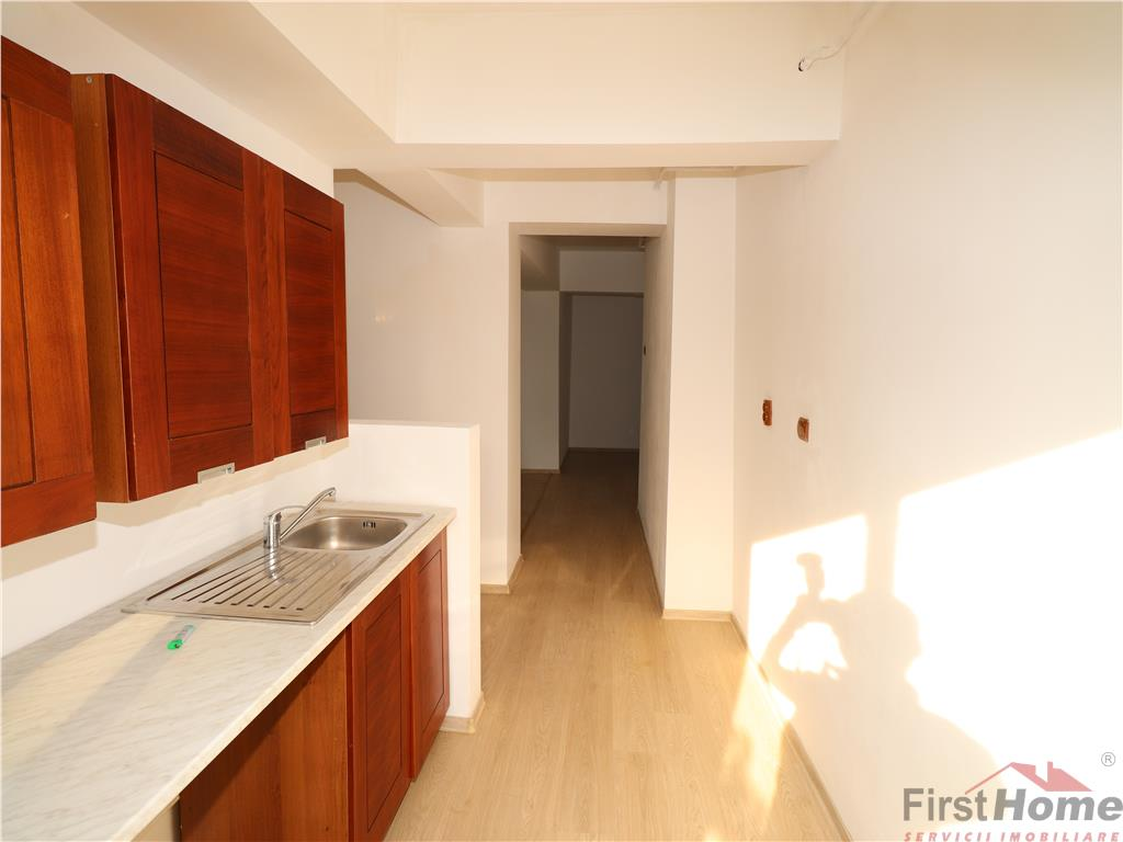 Apartament 2 camere, etaj 2, Odobesti  Centru