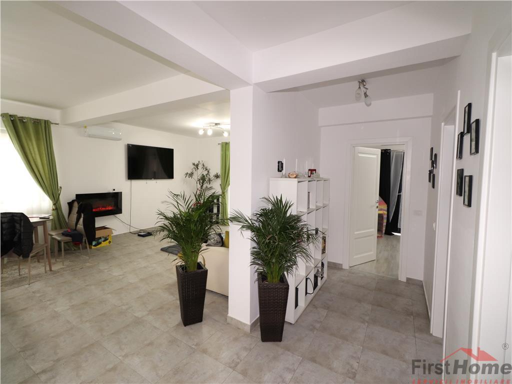 Parter , living + bucatarie, 2 dormitoare, baie, terasa 67.000 Euro