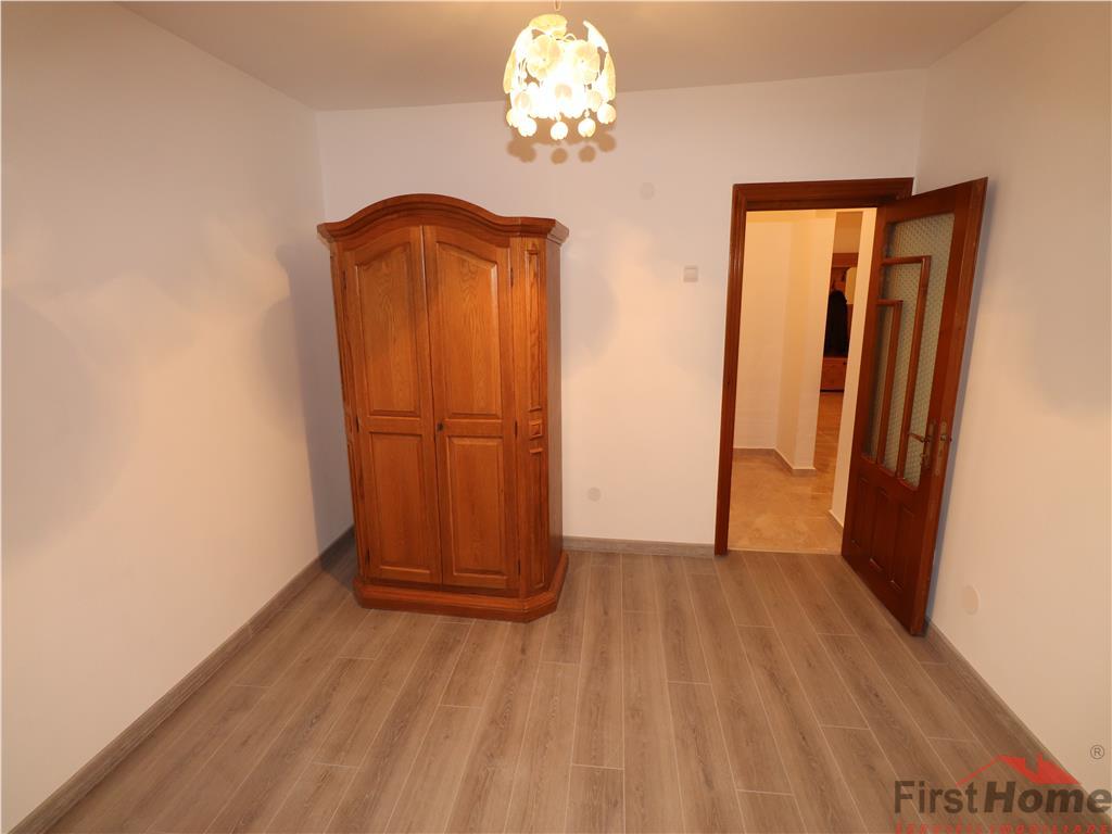 Apartament 3 camere, etaj 2, zona Independentei, renovat