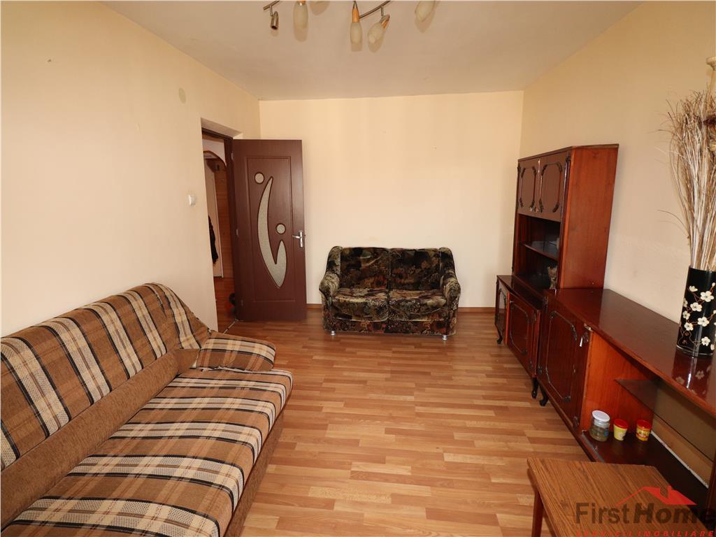 Apartament 2 camere, etaj 4 cu acoperis, Piata Moldovei