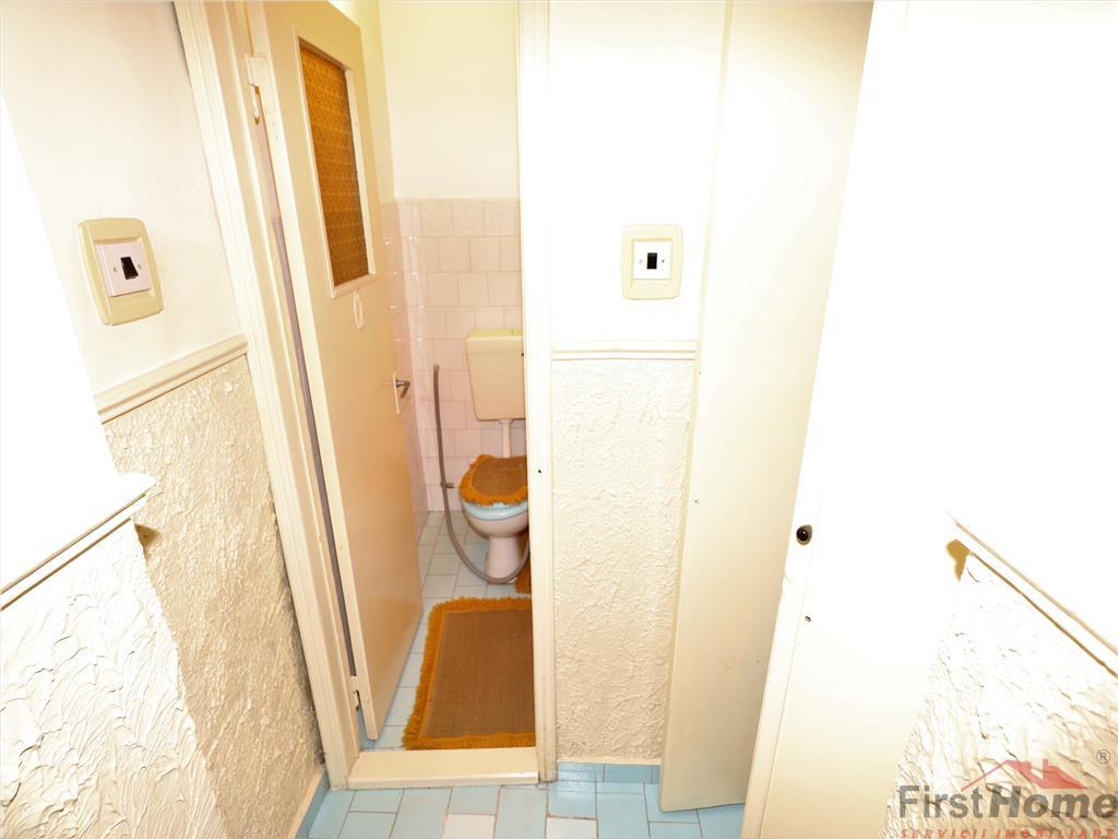 Apartament 3 camere, etaj 2, 72mp, zona Brailei