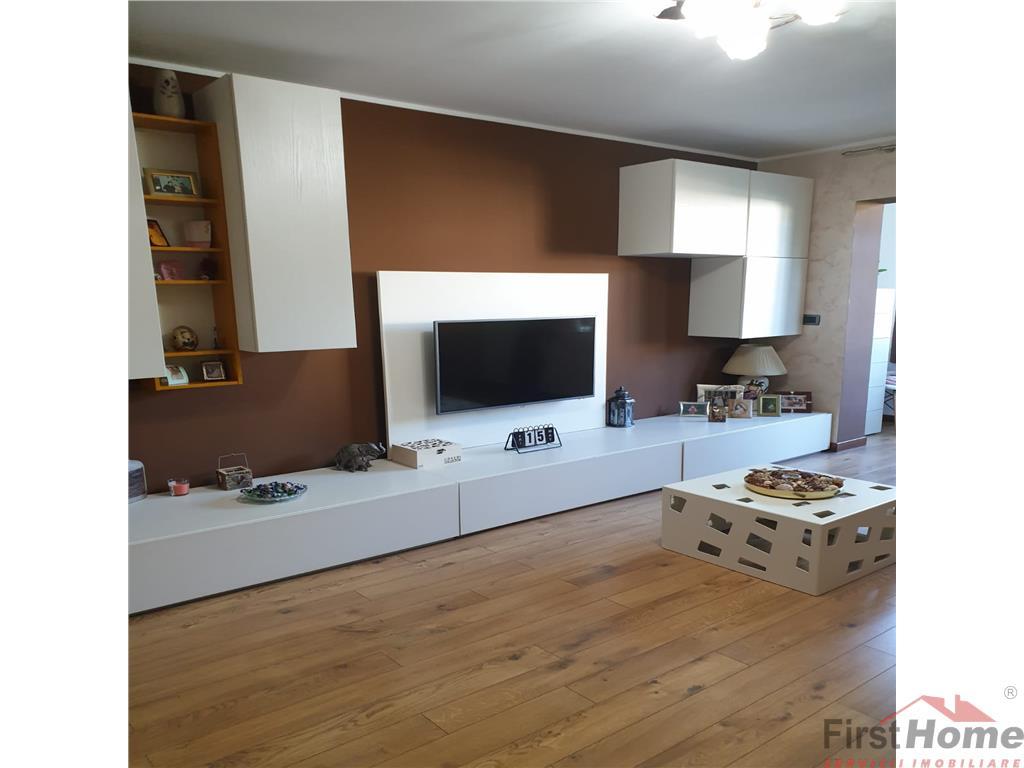 Apartament 3 camere, etaj 2, renovat , mobilat si utilat