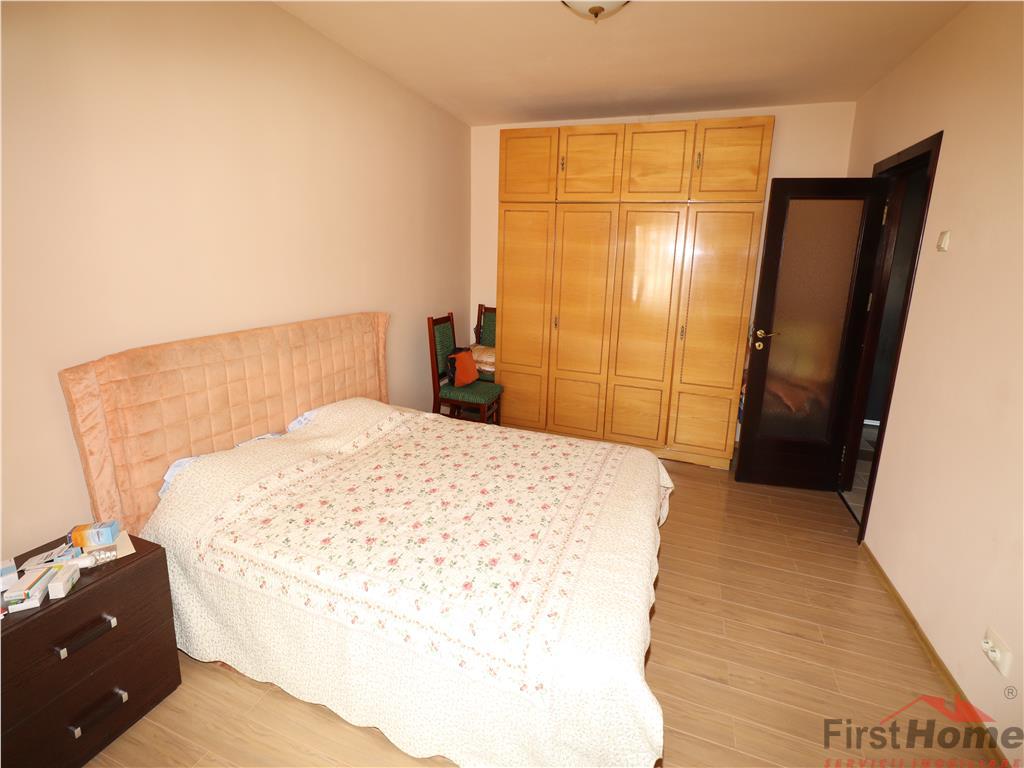 Apartament 2 camere, etaj 3/3, zona Independentei,