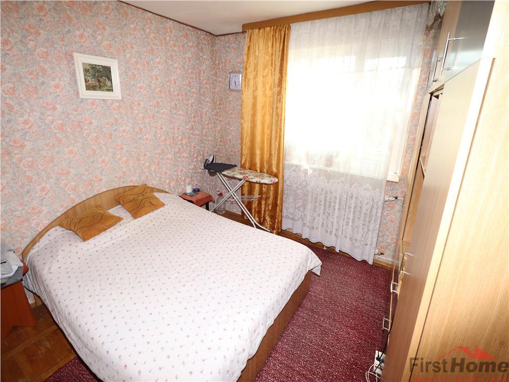 Apartament 3 camere, etaj 3, zona Gradinita  Paco