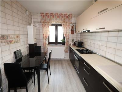 apartament 3 camere, renovat - mobilat - utilat - Piata Moldovei