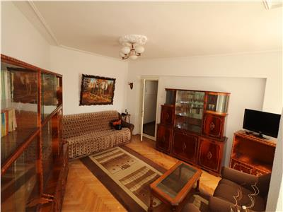 Apartament cu 3 camere, zona Bld. Brailei, 4/4 cu acoperis