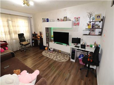 Apartament 2 camere, Bulevardul Unirii, parter, stradal