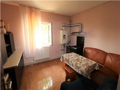 Apartament 4 camere, zona Lidl- Fosta Autogara, de vanzare