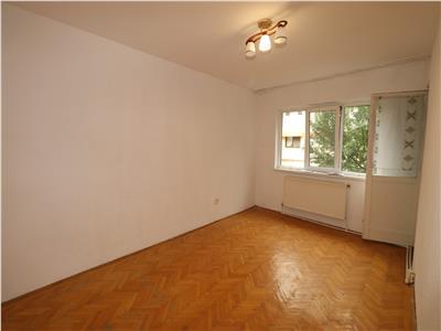 Apartament 2 camere, de inchiriat, zona Capela Militara