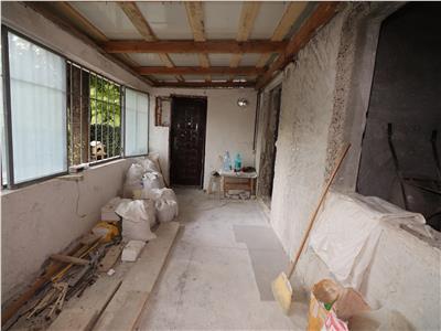 Apartament 3 camere,la rosu,zona 2 Stejari, de vanzare