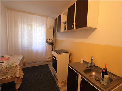 Apartament 2 camere, zona Sala Polivalenta, de inchiriat