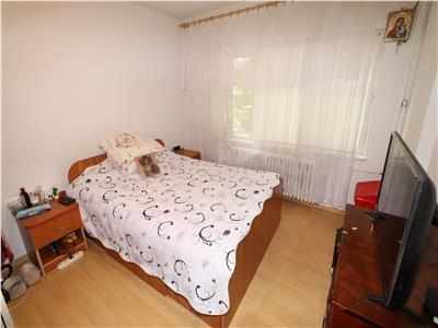 Apartament 2 camere, parter, zona Gara,de vanzare