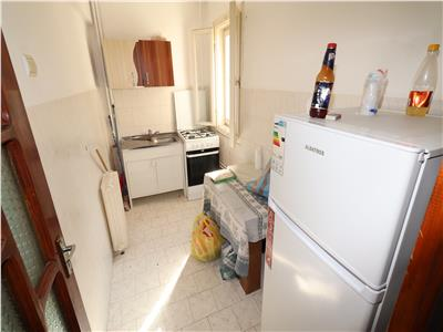 Apartament 2 camere, zona Sud, de inchiriat