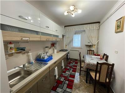 Apartament 2 camere, etaj 1 zona Big - Centru - renovat + mobilat