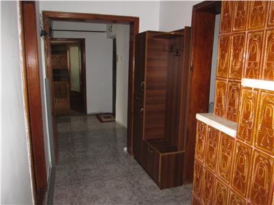 Apartament 3 camere, zona Brailei  Kaufland, etaj 3/4