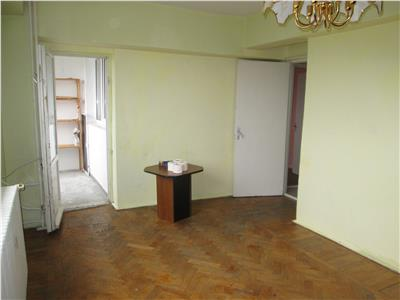 Apartament 2 camere , ultracentral, etaj 5/8