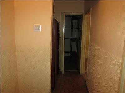 Apartament 2 camere, zona Centrala, etaj 5/8