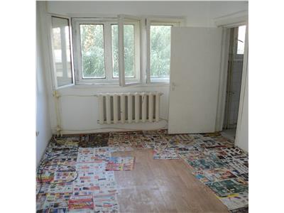 Apartament 2 camere, etaj 2, zona Bahne - Paco