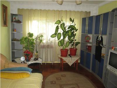 Apartament 3 camere, etaj 1 zona Sud - Paco