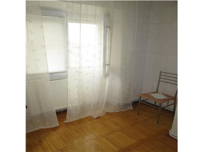 Apartament 2 camere, etaj 2, zona Unirea Principatelor