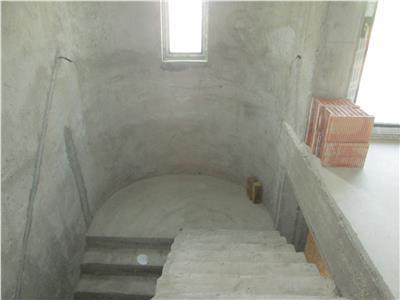 Vila la gri in Focsani Nord  Petresti
