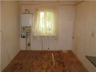 Apartament 2 camere, parter inalt , Lidl - Scoala 10