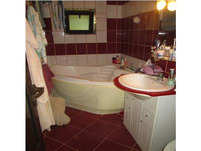 Apartament 3 camere, parter, zona linistita (Bucegi)