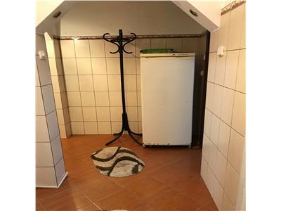 Apartament 2 camere, parter, mobilat,  zona Gerald