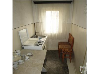 Apartament 3 camere, etaj 4, sud - Mausoleu -