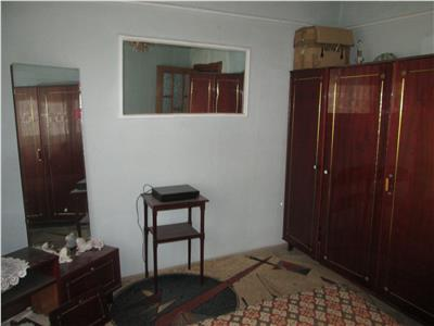 Apartament 3 camere, etaj 4, sud  Mausoleu