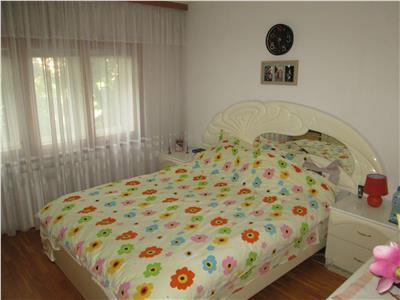 Apartament 2 camere, etaj 3, zona Parcul Mare - BRD