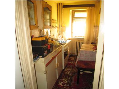 Apartament 2 camere, Sud Mausoleu, decomandat, parter, 38 mp