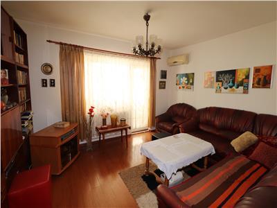 Apartament 3 camere, etaj 3, zona Zimbru