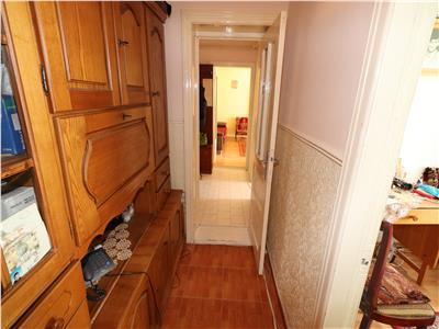 Apartament 3 camere, etaj 5/8, zona Scoala 10, Lidl
