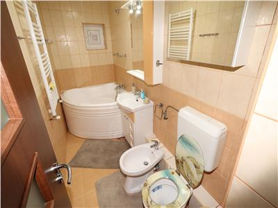 Apartament 2 camere, complet renovat , mobilat si utilat