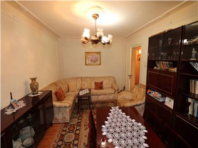 Apartament 3 camere, etaj 3/8, zona Penny / Gradinita
