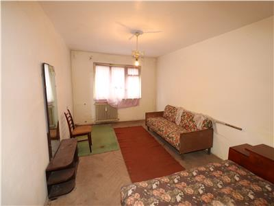 Apartament 3 camere, parter 65mp, Unitatile Militare