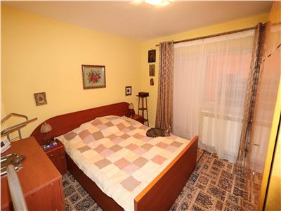 Apartament 3 camere, Scoala 10  Lidl , etaj 2