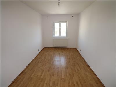 Apartament 3 camere, etaj 3, zona Banca Tiriac  Paco